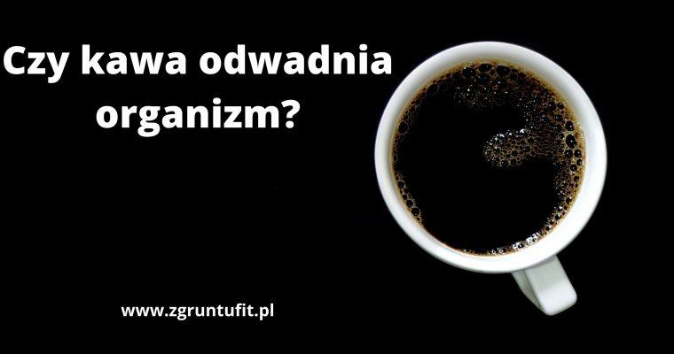Czy kawa odwadnia organizm