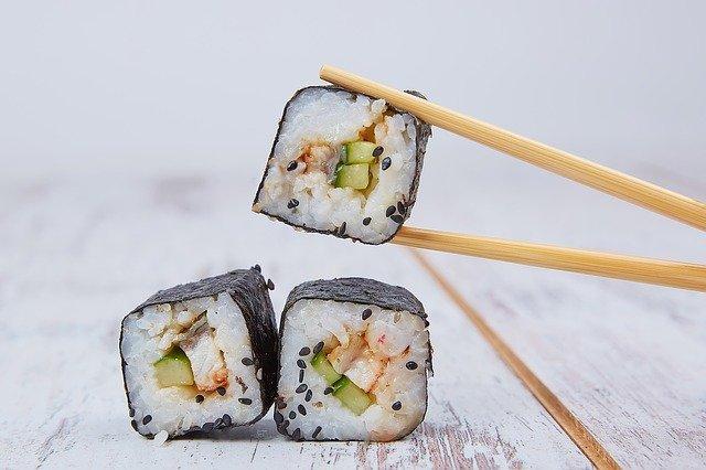 keto sushi z kalafiora